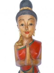 Sawadee Lady, die passende Deko für ihre asia Moebel.