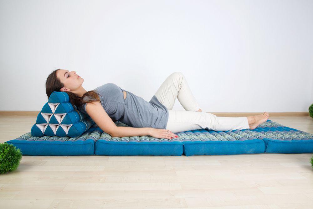 Kissen gegen Nackenschmerzen: Kapok - Klappmatratze